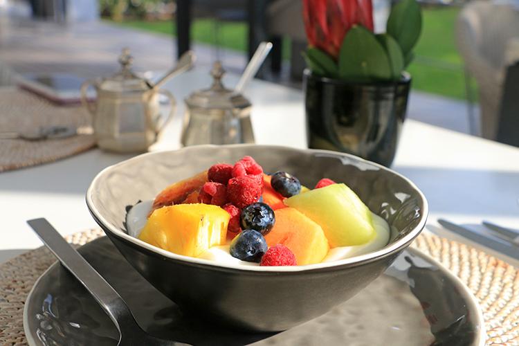 breakfast-at-atholplace-hotel-villa